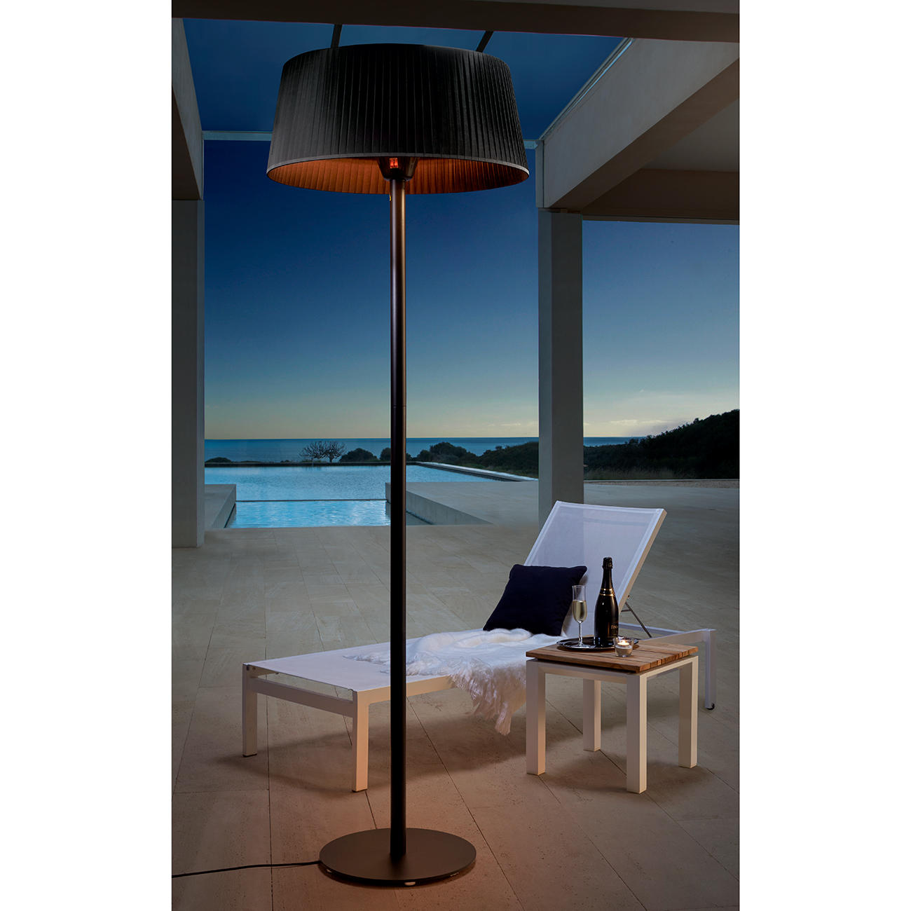 design heizstrahler stehlampe 360 infrarot halogen heizelement 900 1200 oder 2100 watt. Black Bedroom Furniture Sets. Home Design Ideas