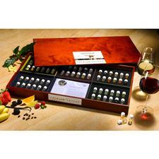 AROMABAR der Weindüfte - Professionell ausgewählte Weinaromen trainieren Ihren Geruchssinn. Empfohlen von Sommelier Peter Steger.