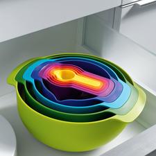 Joseph Joseph 9-in-1 - Praktischer (und schöner): 9 unverzichtbare Küchenutensilien auf kleinstem Raum.