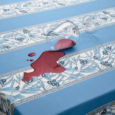 Dank oberseitiger Acrylbeschichtung wischen Sie verschüttete Flüssigkeiten und Flecken einfach ab.