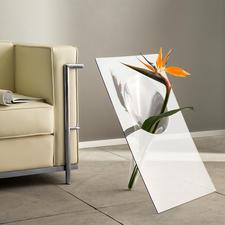 Boden- oder Tischvase - Aussergewöhnliches Design: Die glasklare, handgefertigte Vase hebt die Blüten effektvoll hervor.