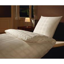 Microfaser-Damastbettwäsche - Umhüllt Sie seidenzart, mit optimalem Schlafklima.