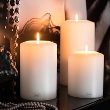 Farluce-Dauerkerze - Täuschend echter Kerzen-Korpus mit Maxi-Teelicht-Einsatz. Für drinnen und draussen.