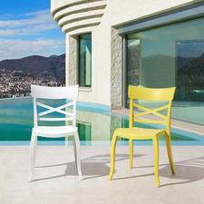 Design-Stuhl in-/outdoor - Stylish, wohnlich, wetterfest – der perfekte Stuhl für drinnen und draussen.
