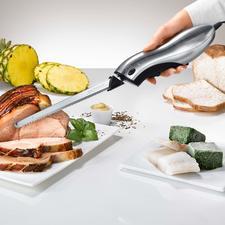 Elektro-Messer mit Wechselklinge - Mit 2 Wechsel-Klingen für jedes Schnittgut. Im eleganten Edelstahl-Look (statt Plastik) inklusive Ständer aus Naturholz.