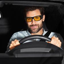 3-in-1-Überziehbrille - Im Handumdrehen verwandelt sich Ihre Brille in eine Schutz-, Sonnen- oder Nachtsichtbrille.