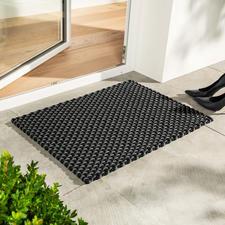 Die Kordelmatte Standard in schwarz/grau (72x 52cm) – perfekt auch als Fussmatte.