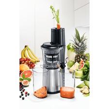 Caso Slow Juicer SJW 500 - Ultrakompakt: mit XXL-Einfüllschacht für ganze Früchte. Spart lästiges Zerteilen und Platz auf der Arbeitsfläche.