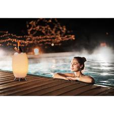LED-Soundleuchte Synergy Pro - Stimmungsvolles Licht. Satter 360°-Sound. Und kühle Getränke – aus einem coolen Design-Objekt.