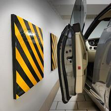 Garagenwand-Polster, 2er-Set - Schluss mit zerschrammten Autotüren. Selbstklebende Garagenwand-Polster schützen vor Lackschäden.