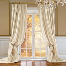 Vorhang Palmera - 1 Stück - Kostbare, reine Doupion-Seide: extra breit gewebt, keine störende Ansatznaht.