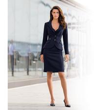 Maquien Tweed-Blazer oder -Rock - Klassischer Tweed – aber mit modischem Anspruch. Verkürzt und figurbetont. Feminin und sexy.