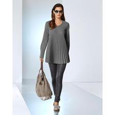 Plissee-Schurwoll-Bluse - Das aussergewöhnliche Einzelstück unter den Business-Blusen. Knitterfreier Schurwoll-Stoff. Extravagantes Plissee-Design.