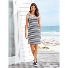 """Liu Jo Spitzen-Shirtkleid """"maritim"""" - Sportlich. Schlicht. Aber viel eleganter (und femininer) als die meisten Maritim-Looks."""