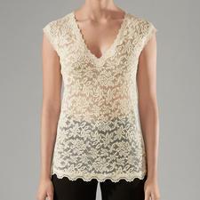Rosemunde Copenhagen Spitzen-Shirt - Das unkomplizierte Spitzen-Shirt für jeden Anlass. Pflegeleicht wie ein T-Shirt, edel wie eine Bluse.