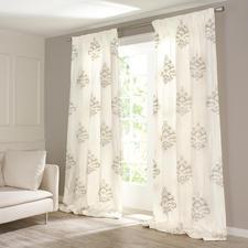 "Vorhang ""Soraya"", 1 Vorhang - Erlesenes Seidengewebe mit seltener Nadelmalerei."