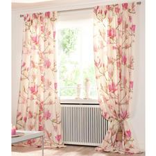 """Vorhang """"Magnolia"""" Creme/Rosa, 1 Vorhang - Frisch vom Münchner Stoff Frühling.  Und Publikumsmagnet im Showroom: Magnolia."""