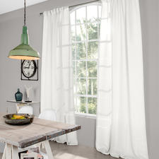 Vorhang Senja - 1 Stück - 100% Leinen mit dezentem Glanz und seltener Transparenz.