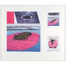 """Christo und Jeanne-Claude – Surrounded Islands – three selected works - 3 Zeichnungen des Projektes """"Surrounded Islands"""" in hochwertiger 3-in-1-Rahmung. Mit Signatur des Künstlers Christo. Masse: gerahmt 120 x 103 cm"""