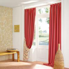 """Vorhang """"Rayé"""" - Sonnige Markisenstreifen halten Licht und Wärme ab."""