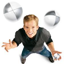 Jonglierset - Über 250.000 Menschen haben bisher mit diesem Set das Jonglieren gelernt.