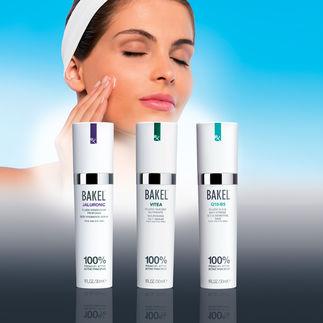 Bakel™ Anti-Aging-Fluids Besonders hygienisch im praktischen Pumpspender.
