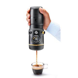 12-V-Handpresso oder 12-V-Handpresso Premium-Set Wo immer Sie mit dem Auto unterwegs sind: Ihre Espressomaschine ist bereit.