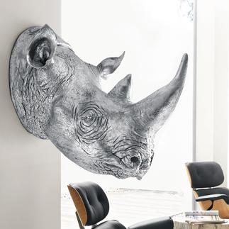 Rhino Kolossaler Blickfang der Rhinozeros-Kopf als 1:1-Skulptur. Aus Kunstharz handgefertigt & silberfarben lackiert.