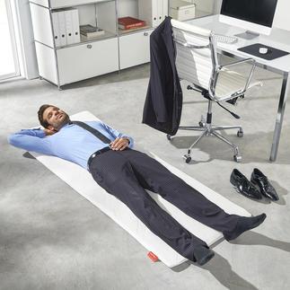 Easy Napping Matte Immer parat: die perfekte Relax-Matte für einen regenerierenden Kurzschlaf.