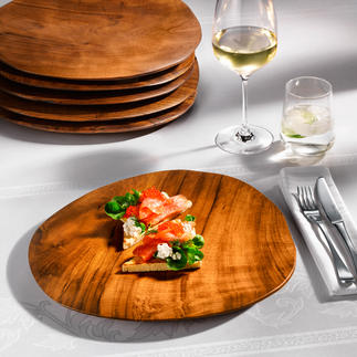 Teakholz-Teller Ein Blickfang auf Ihrer Tafel, Ihrem Buffet: edle Teller aus massivem Teakholz.