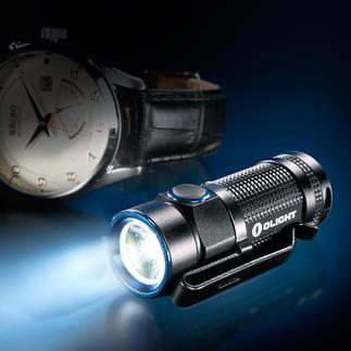 Olight™ S1 Baton Winzig klein – mit riesiger Lichtleistung. 500 Lumen Lichtstrom. Bis zu 110 m Leuchtweite. 4 Helligkeits-Stufen.