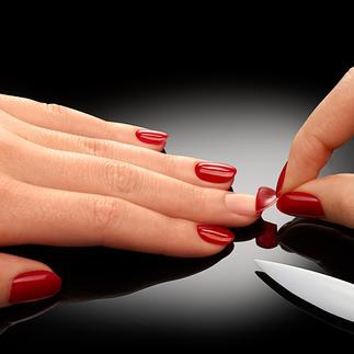 ZipLac Peel-Off Manicure Die schonende Alternative zu professionellen Gel-Nägeln. Lang anhaltender, lichtgehärteter Nagellack – einfach zum Abziehen.