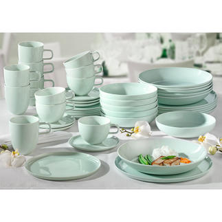 """Porzellanserie """"Kolibri"""" by Tim Raue Porzellan """"Kolibri"""" wurde zusammen mit ihm entwickelt. Für sein eigenes Top-Restaurant. Und für Sie. Von ASA Selection/Germany."""