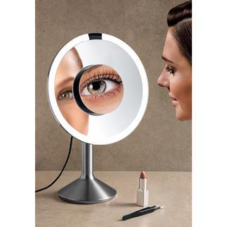 Tageslicht-Sensorspiegel Endlich: Ein beleuchteter Kosmetikspiegel mit 2 verschiedenen Vergrösserungen (statt nur einer).