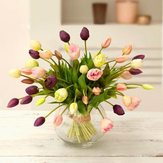 Tulpen-Strauss Ein Frühlingsgruss, der nie verblüht. Und auf Jahre erfreut. Faszinierend naturgetreu wie frisch vom Feld.