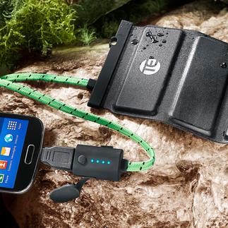 Faltbare Outdoor-Powerbank Ultraleicht. Ultraflach. Und extrem belastbar. Perfekt auf Reisen und bei allen Outdoor-Aktivitäten.