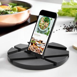 SmartMat Die geniale SmartMat: Hält Ihr Mobilgerät beim Kochen in wählbaren Positionen. Und ist ein eleganter Topfuntersetzer bei Tisch.