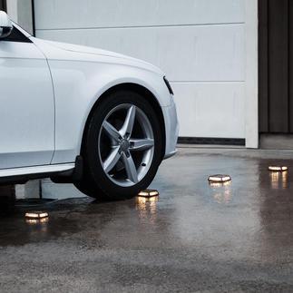 Solar-Bodenleuchte Driveway, 4er-Set Ohne Kabelverlegen und Steckdose. Begeh- und befahrbar bis zu 3 Tonnen Gewicht.