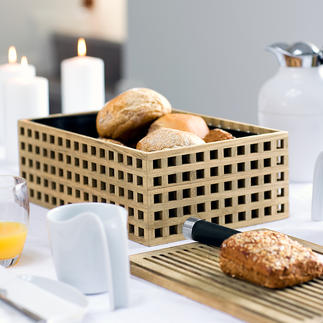 Brotkorb aus Eichenholz Luftig aber krümeldicht, aus edlem Eichenholz mit Gitterstruktur. Der Holzdeckel ist zugleich Servier- und Schneidbrett.
