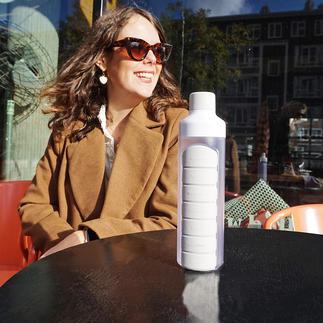 Trinkflasche mit Tablettenfach Die Tabletten immer dabei – und das Wasser zum Einnehmen direkt zur Hand.
