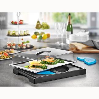 GekühlteFrischhalteplatte Snacks, appetitlich frisch gekühlt und dekorativ präsentiert. Die Servierplatte mit integrierten Kühlakkus und transparenter Haube.