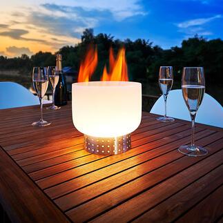 Glas-Tischfeuerschale Die Feuerschale aus Quarzglas: spektakulär für Tisch & Terrasse. Schafft magische Momente auf Balkon, Terrasse und im Garten.