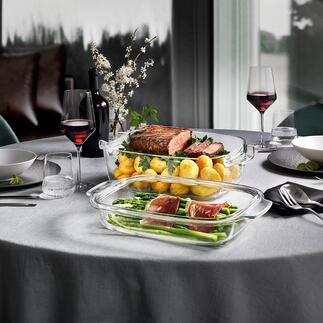 Design-GlasbräterGrandCHEF mit Deckel Aus dem Ofen direkt auf den Tisch. Hitzeisolierende Silikonfüsse machen Untersetzer überflüssig.
