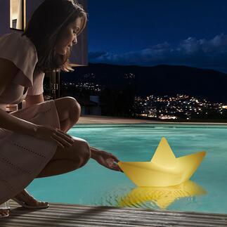 TheBoatLamp™ Einst aus Papier – jetzt wetterfest als XL-Leuchte für drinnen, draussen, dimmbar und schwimmbar.
