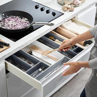 Modularer Schubladen-Organizer Modularer Organizer ermöglicht individuelle Schubladen-Aufteilung. Vom britischen Haushalts-Profi Joseph Joseph.