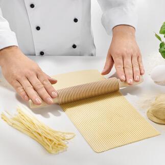 Spaghetti- oder Fettuccine-Schneider Hausgemachte Pasta, perfekt gleichmässig geschnitten – ganz ohne Maschine.