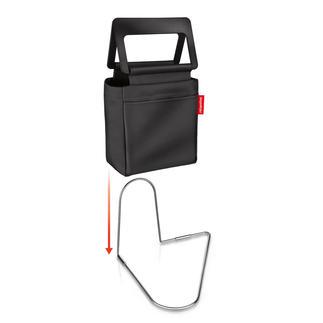 Roadbag Viel praktischer. Und sicherer: die standfeste Fussraumtasche fürs Auto.