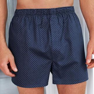 """Die Tupfen-Boxershorts vom Spezialisten Sunspel, seit 1947 bekannt für perfekt sitzende Boxershorts. Komfortabel, langlebig und aus feinster Baumwolle gewebt – mit dem typischen """"panel seat""""."""