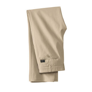 Die Hose aus feinem Canvas - perfekt für den gepflegten Freizeit-Look. Eleganter und luftiger als Denim. Aber genauso robust und unkompliziert.
