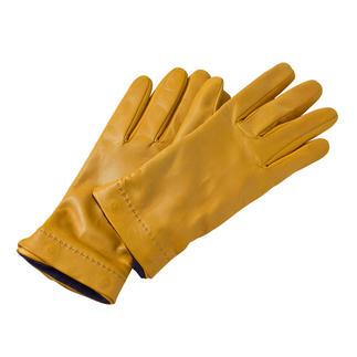 Der Luxus-Handschuh für Winter und Sommer. Aus feinstem Lammnappa und mit ausknöpfbarem Kaschmir-Innenfutter. Von Merola/Neapel.
